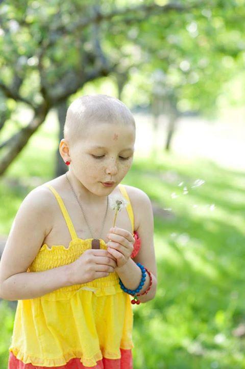 Mykayla, que curou um tipo raro de leucemia com óleo de maconha