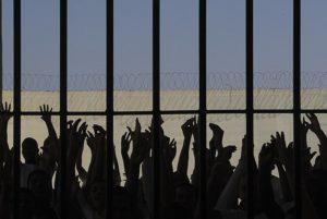 STJ vem libertando presos por pequenas quantidades de drogas.