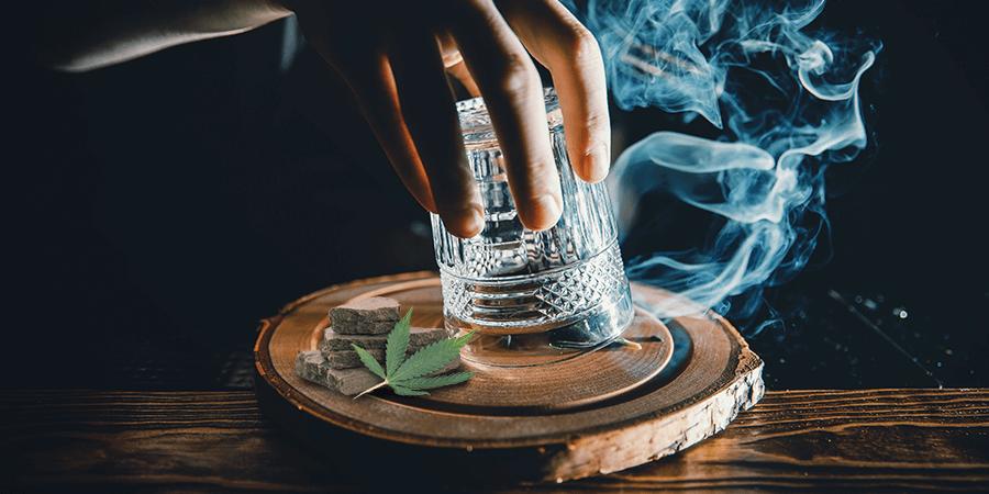 fumar haxixe com alfinete Zamnesia