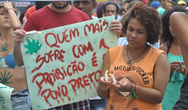 artigo 33 lei de drogas brasil Socialista Morena foto